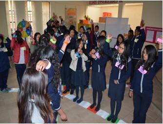 Estudiantes de la Unidad Educativa San José participaron en los talleres de espíritu emprendedor