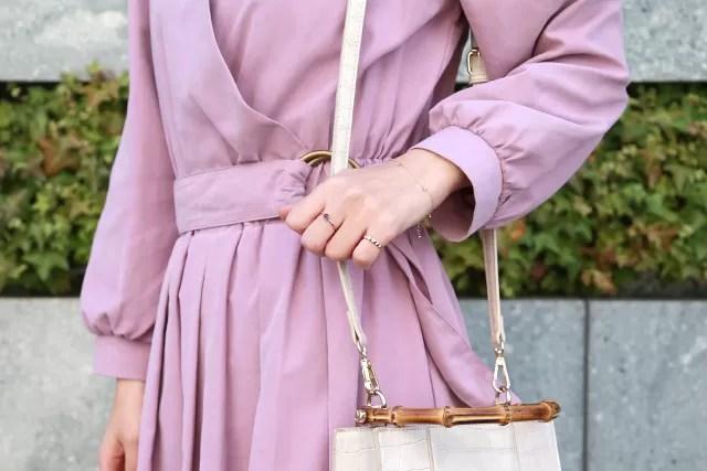 春服×カラーストーンのパステルカラーコーデ
