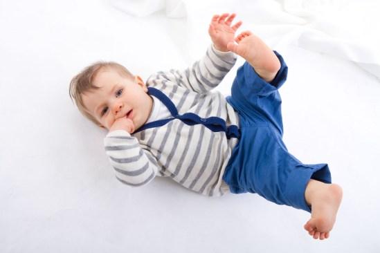 0076_p-assfoto_baby-familienfotos0049_oskar_02_MG_8489_print