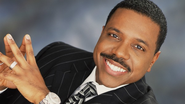 https://i1.wp.com/wp.production.patheos.com/blogs/barrierbreaker/files/2015/03/Creflo-Dollar.jpg