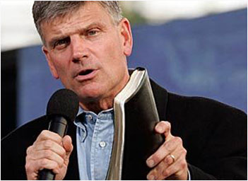 https://i1.wp.com/wp.production.patheos.com/blogs/freedhearts/files/2015/03/franklin-graham.jpg