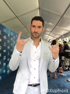 Tom-Ellis-Lucifer-Fox