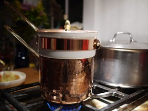 """Bain-marie"" by grongar - originally posted to Flickr as Bain-marie - full. Licensed under CC BY 2.0 via Commons - https://commons.wikimedia.org/wiki/File:Bain-marie.jpg#/media/File:Bain-marie.jpg"