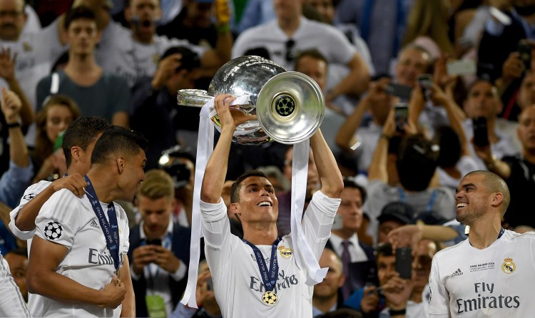 20 top photos from Cristiano Ronaldo's celebration after ...