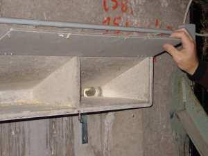 Keilnistkästen für Mauersegler eignen sich zum Einbau in Fassaden, © Schwegler