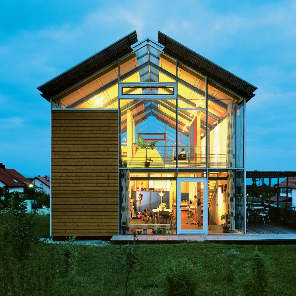 10 Modern Glass Houses No One Would Throw Stones At on Modern Glass Houses  id=98179