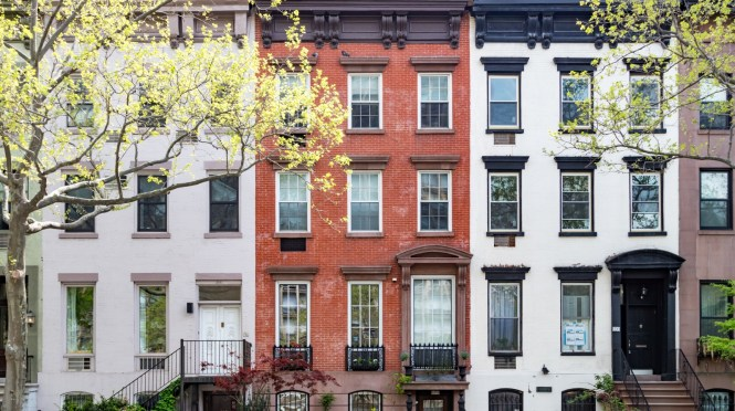 Brick Brownstone Vinyl The 5 Most Common Types Of Nyc Townhouses