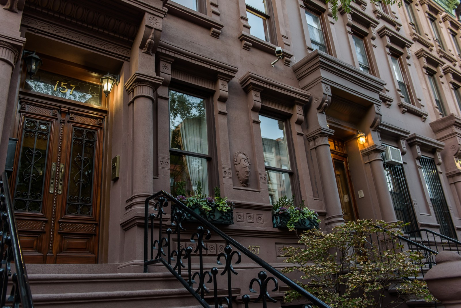 You Think You Want A Brownstone House Need To Read Advice