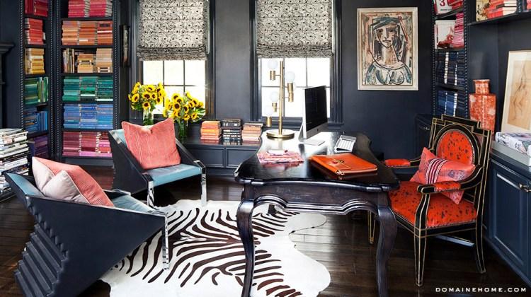 Kourtney Kardashian Sells Her Colorful Calabasas Mansion ...