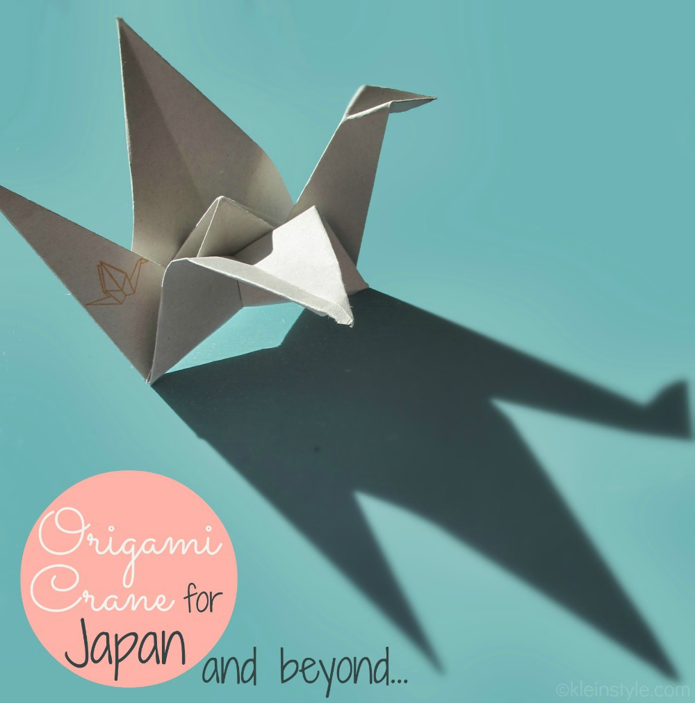 Origami-Kranich-Faltanleitung-kleinstyle.com_origami-crane-for-japan-and-beyond pic ©kleinstyle.com