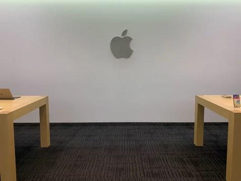 Appleさんオフィス入口