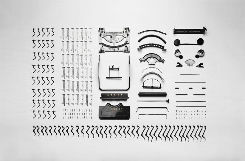 Typewriter-taken-apart