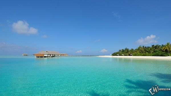 Скачать обои Мальдивы Пляж Море Остров Небо для