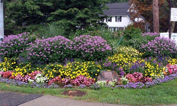 Gedney Farms Corner Garden