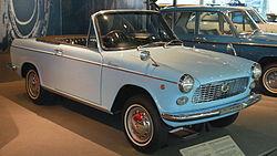 250px-1965_Daihatsu_Compagno-Spider_01.jpg