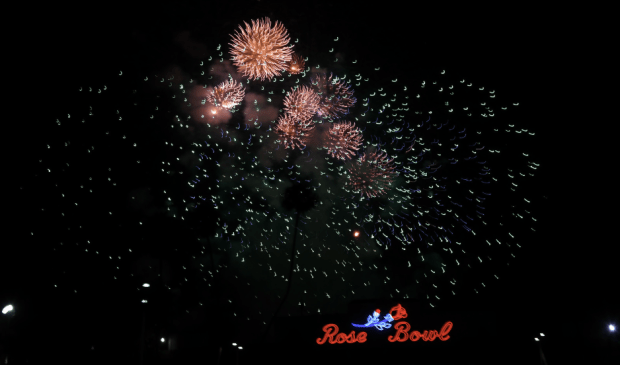 Grounded last year, rekindled July 4 fireworks show is in the works for Rose Bowl stadium