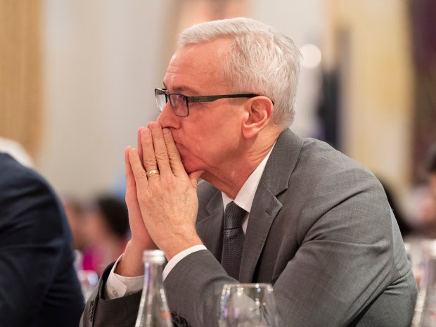 Dr. Drew Pinsky's nomination to LA County's homeless commission sparks pushback