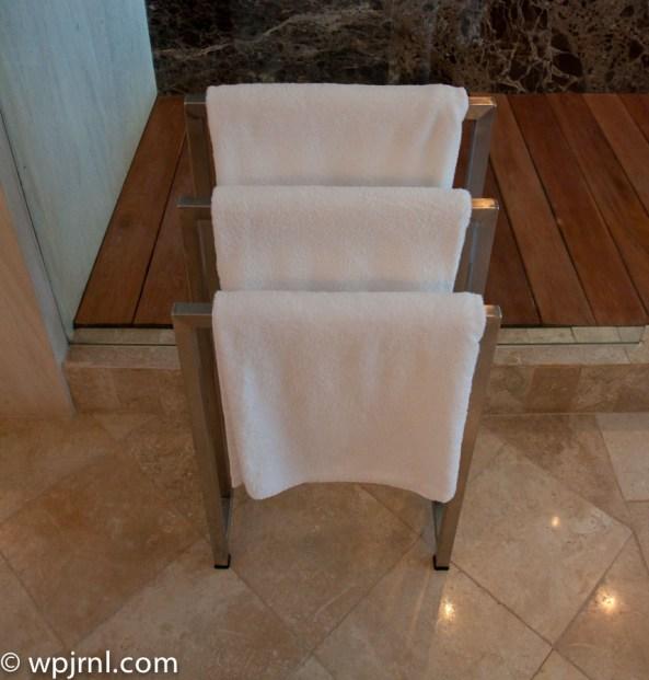 Hyatt Regency Cancun - Eternity Suite - towels
