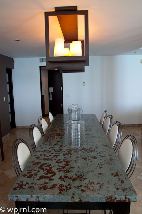 Hyatt Regency Cancun - Eternity Suite - dining table