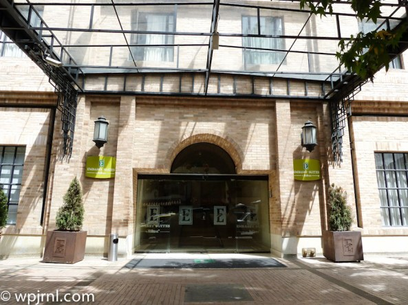 Embassy Suites by Hilton Bogota - Entrance