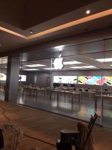 Apple-Store-VillageMall-preparativos-2
