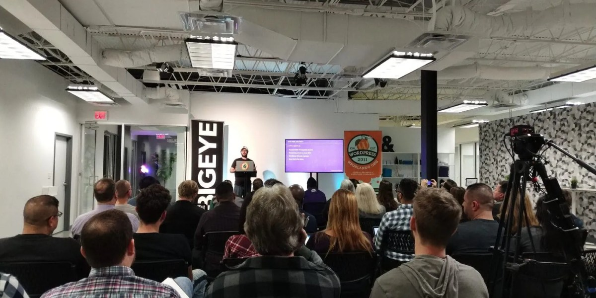 Adam Soucie presenting at WordPress Orlando on 22 January 2019