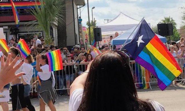Znalezione obrazy dla zapytania LGBT w teksasie zdjecia