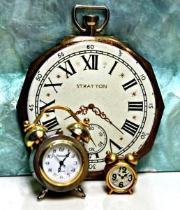 three-handsome-clocks