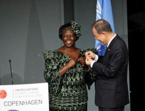 Women peacebuilding