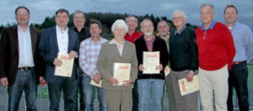 Vorstand und geehrte Mitglieder 2017