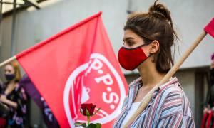O socjalizm i demokrację