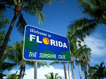 """Placa de """"Bem vindo a Flórida"""""""