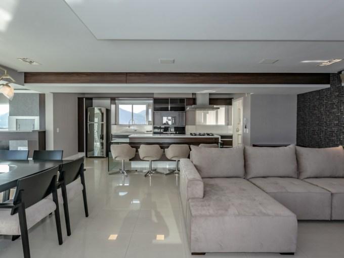 BRA – Apartamento de Luxo – SC