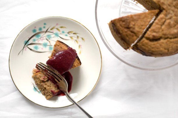 Spelt-cake-with-sloe-berry-compote
