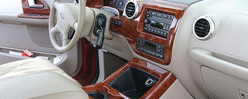 wood-interior-trim-hydro-dippping-uk