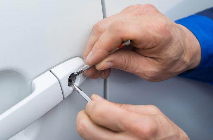 car door locksmith