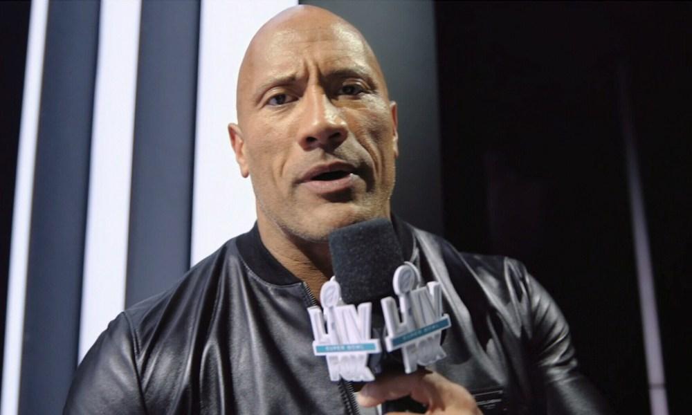 the-rock-levou-um-pouco-de-pro-wrestling-ao-superbowl