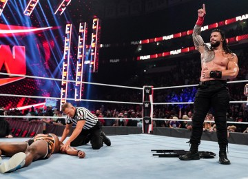 WWE RAW supera AEW Dynamite Grand Slam