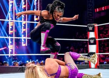 Bianca e Charlotte fecharam o RAW dessa semana