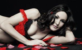 Brie Bella 9