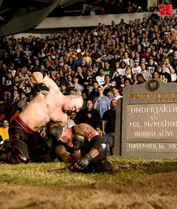 35-undertaker-buried-alive-survivor-series-03