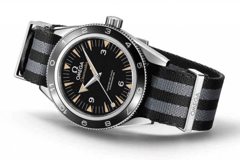 Omega-Seamaster-300-SPECTRE-Limited-Edition-4