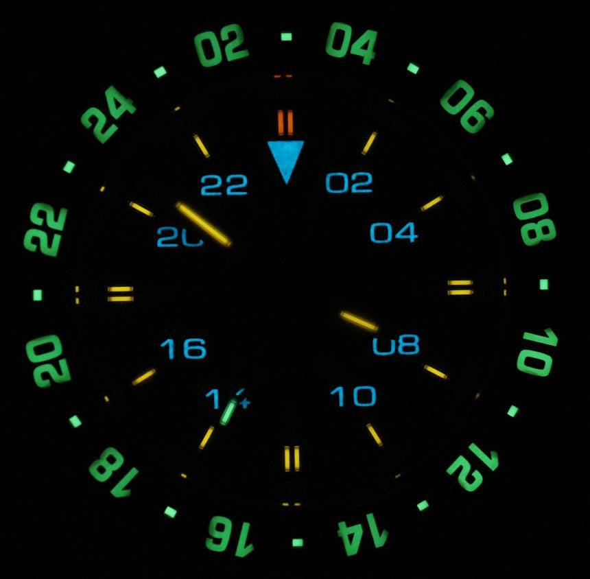 Ball-engineer-hydrocarbon-aero-gmt-watch-lume-shot-2