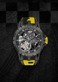 Roger-Dubuis-Excalibur-Spider-Pirelli-Single-Flying-Tourbillon-7