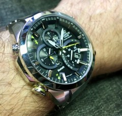 Casio-Edifice-EQB501D-1A-1