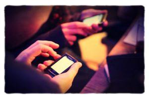 Image, smartphone users.