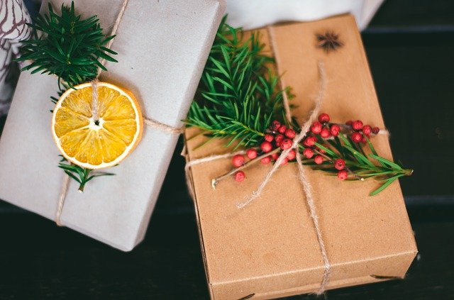 Affordable and creative gift set ideas