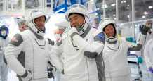 space spacex astronauts international station