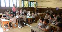 education president enough grade graduates