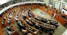 kuwait government crisis economic serious